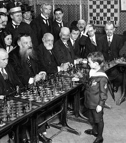 niño ajedrez